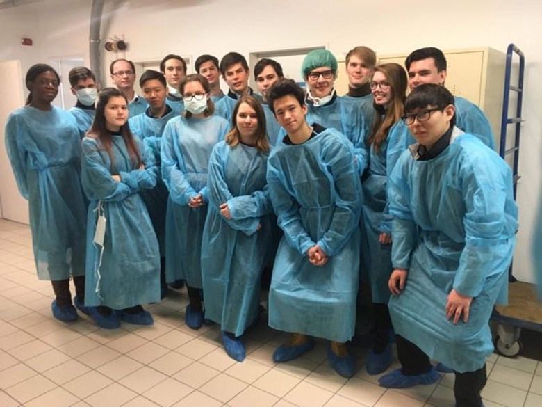 biology students in hospital