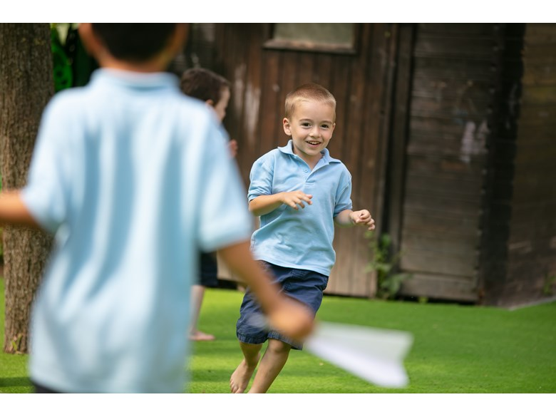 early years kid running