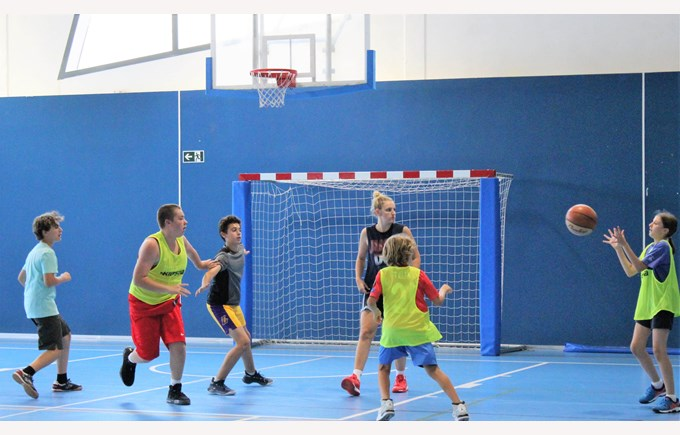 ICS summer camp campamento de verano madrid basketball camp