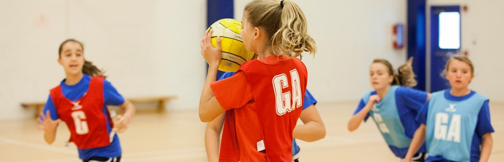Girls play netball