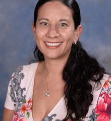 Adriana Jiménez - Country Day School