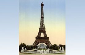 Eiffel Tower, full-view looking toward the Trocadero, Exposition Universal, 1900, Paris, France