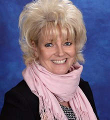 Denise Munro Receptionist