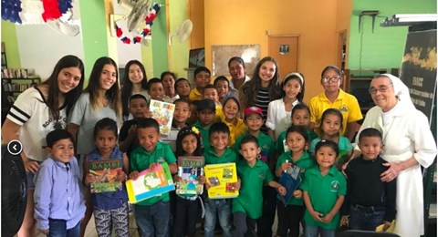 Book Drive in El Valle