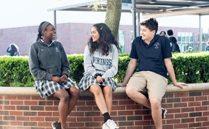 Admissions_LI_HS_Outdoor